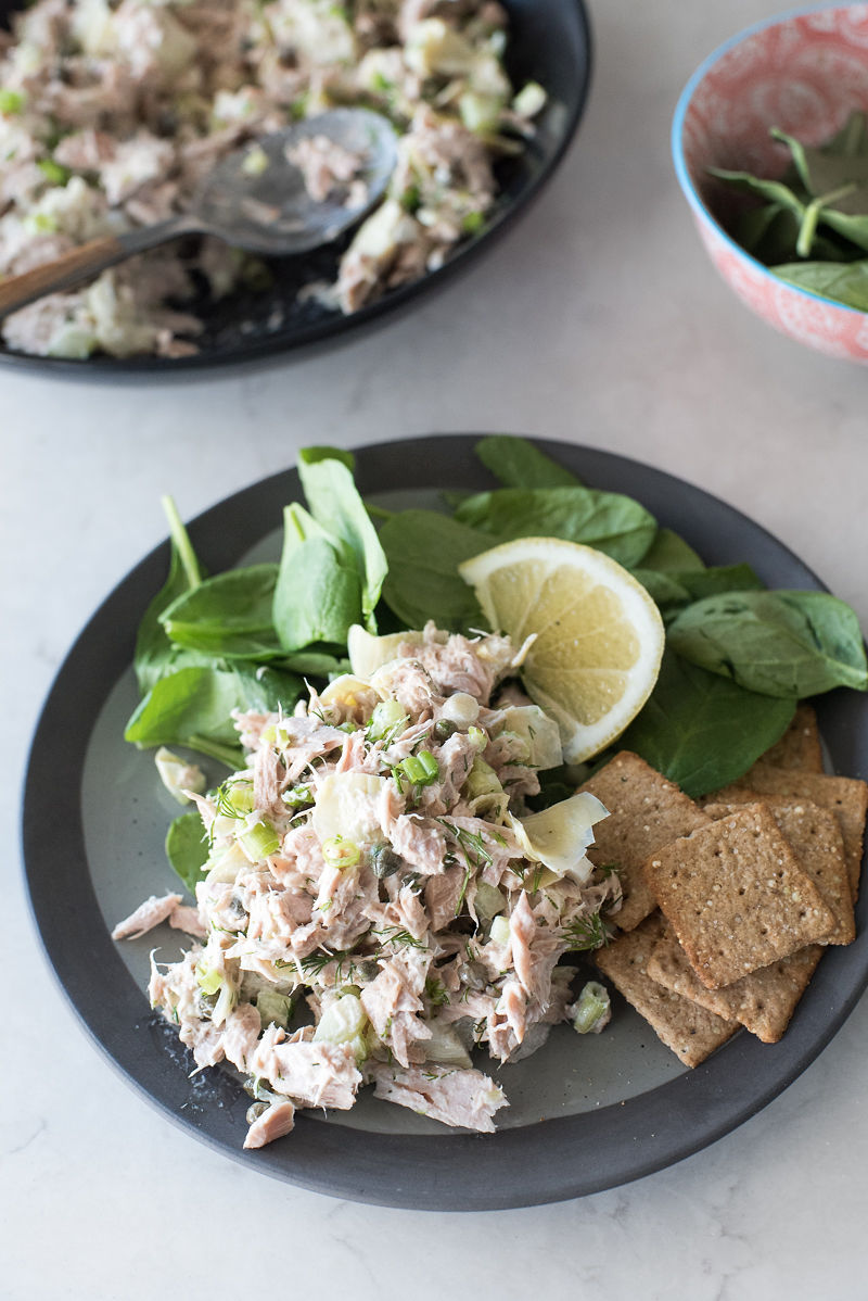 Mediterranean Tuna Salad with Greek Yogurt | www.mountainmamacooks.com