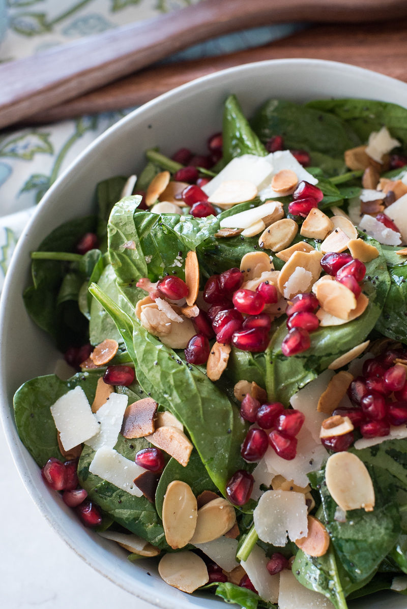 Spinach Salad with Pomegranate, Toasted Almonds, Poppy Seed Dressing | www.mountainmamacooks.com