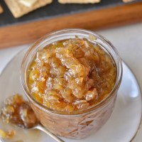 Caramelized Onion Thyme Jam | www.mountainammacooks.com