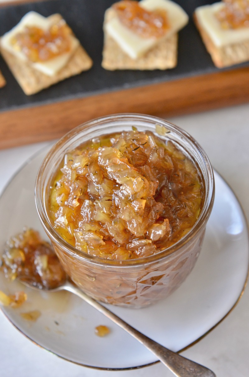 Caramelized Onion Thyme Jam | www.mountainammacooks.com