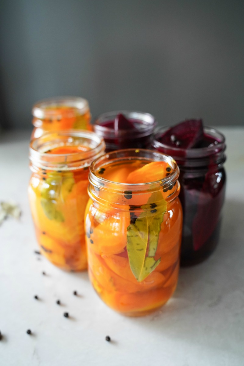 Beautiful golden beets. Five jars filled with a quick pickled beet recipe. www.mountainmamacooks.com