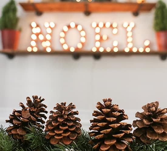 rustic christmas decorations in dining room mountainmodernlife.com