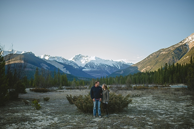sunset kiss British columbia mountain engagement shoot by Nordica Photography