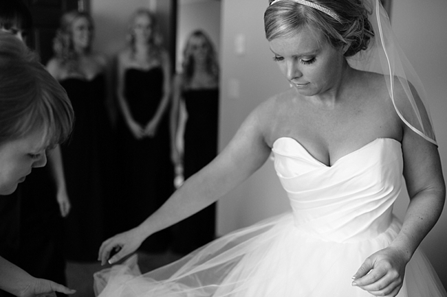 4-bride-getting-ready-Jamie-Delaine-Photography