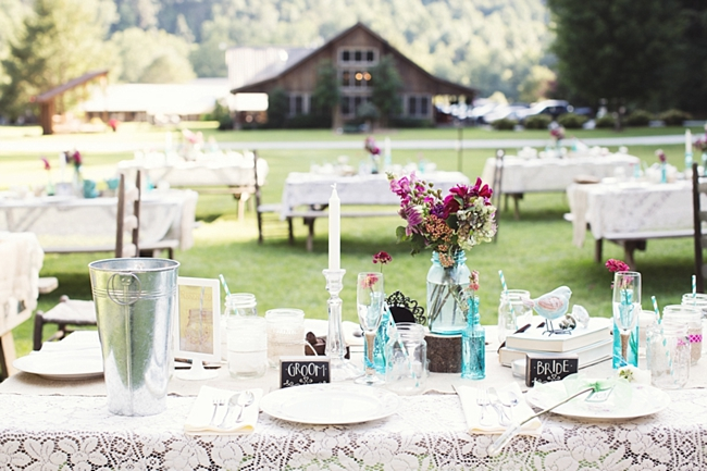 lace tablescape rustic chic wedding via http://mountainsidebride.com