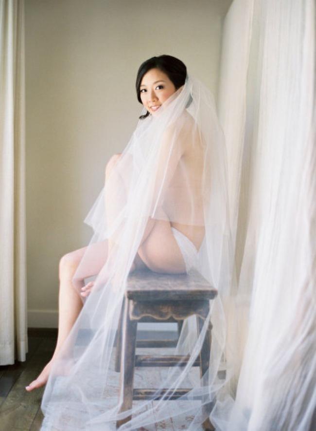 Bridal Boudior via Fly Away Bride