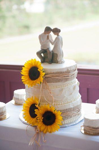burlap wrapped wedding cake   Colorado Wedding