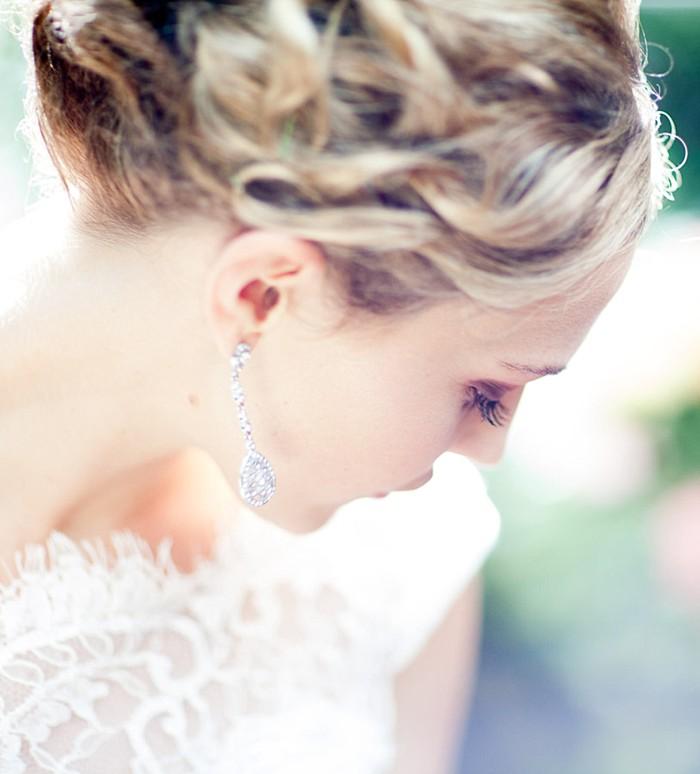 beautiful mountain bride portrait