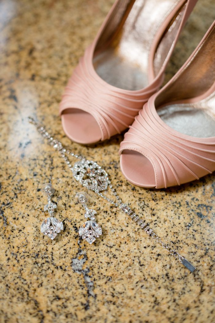 Blush wedding shoes | Lake Tahoe Wedding | Eric Asistin Photographer