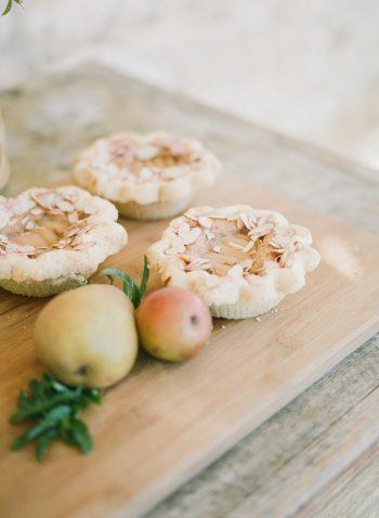 Apple Pie Tartlettes | Spiked Cider Cocktail Inspiration