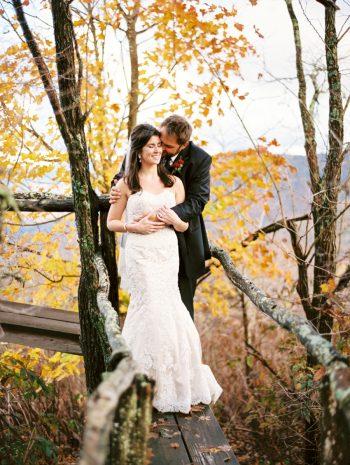 Swag Inn JoPhotos | Via MountainsideBride.com