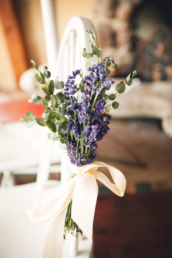 7 Ceremony Florals Lavender Sandpoint Idaho Mountain Wedding Amy Galbraith Photography   Via MountainsideBride.com