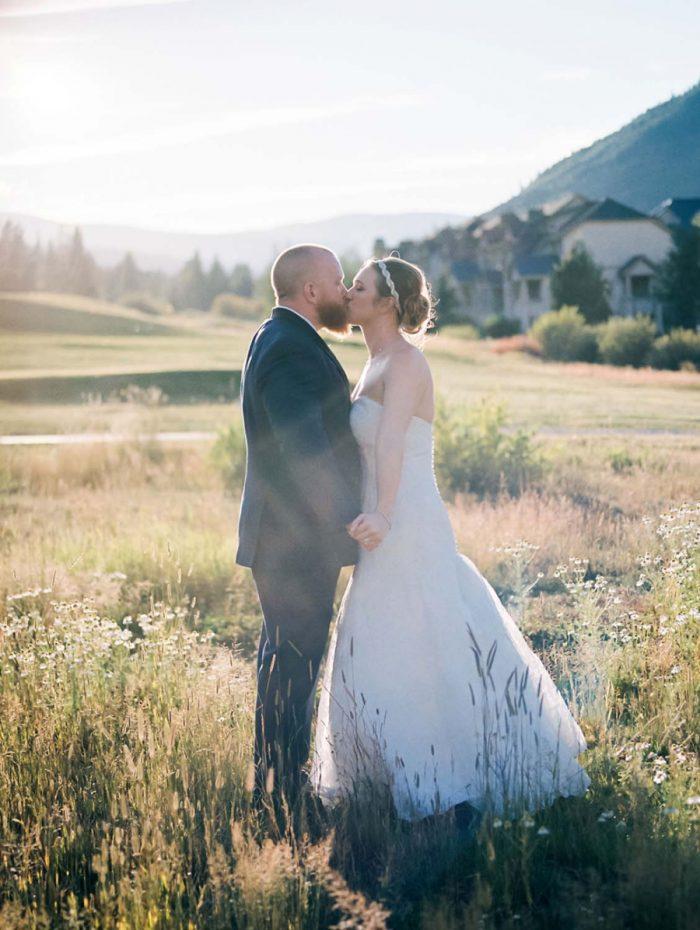 Copper Mountain Wedding Colorado Danielle DeFiore Photography | Via Mountainsidebride.com
