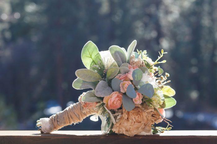 Winter Yosemite National Park Wedding Bergreen Photography | Via Mountainsidebride.com