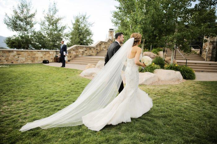 Ceremony | Elegant Park City Wedding St Regis Logan Walker Photography | Via MountainsideBride.com