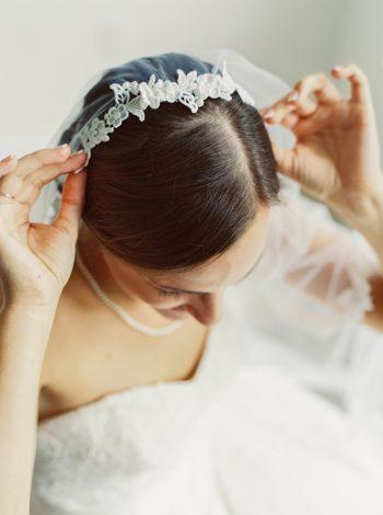 Beaded Headpiece Veil | Mountain Wedding In Barboursville Virginia By JoPhoto | Via MountainsideBride.com