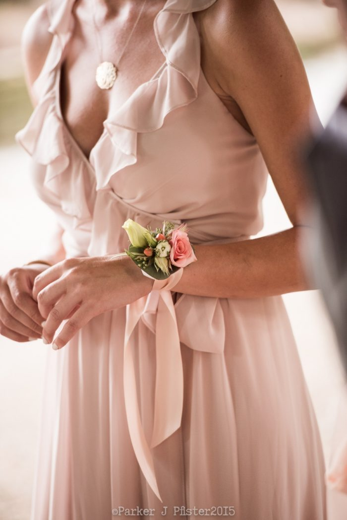 Corsage NC Wedding | Parker J Pfister |via Mountainside Bride