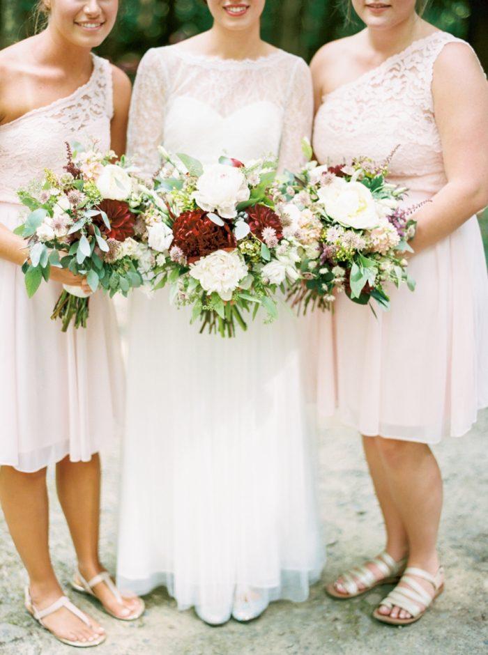 13 Spence Cabin Intimate Wedding | JoPhoto | Via MountainsideBride.com
