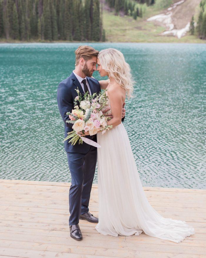 19 Emerald Lake Canadiian Rocky Mountain Styled Shoot