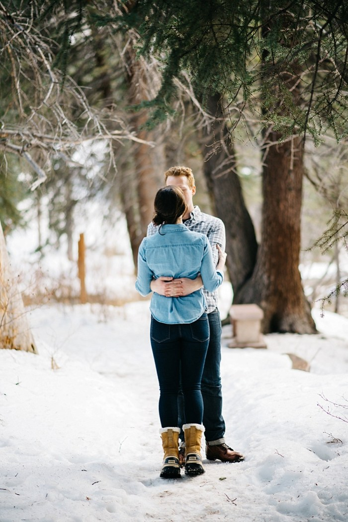 13 Vail Winter Engagement   Searching For The Light   Via MountainsideBride.com