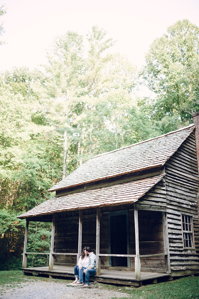 2 Cades Cove Engagement | Red Boat Photogrpahy | Via MountainsideBride