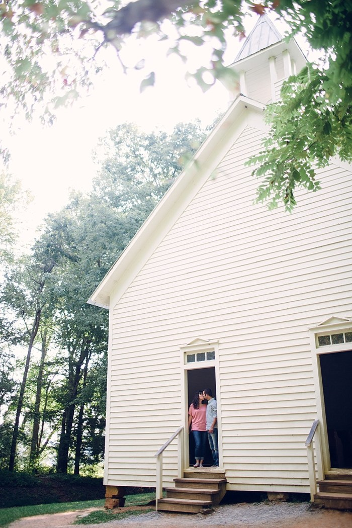 4 Cades Cove Engagement | Red Boat Photogrpahy | Via MountainsideBride
