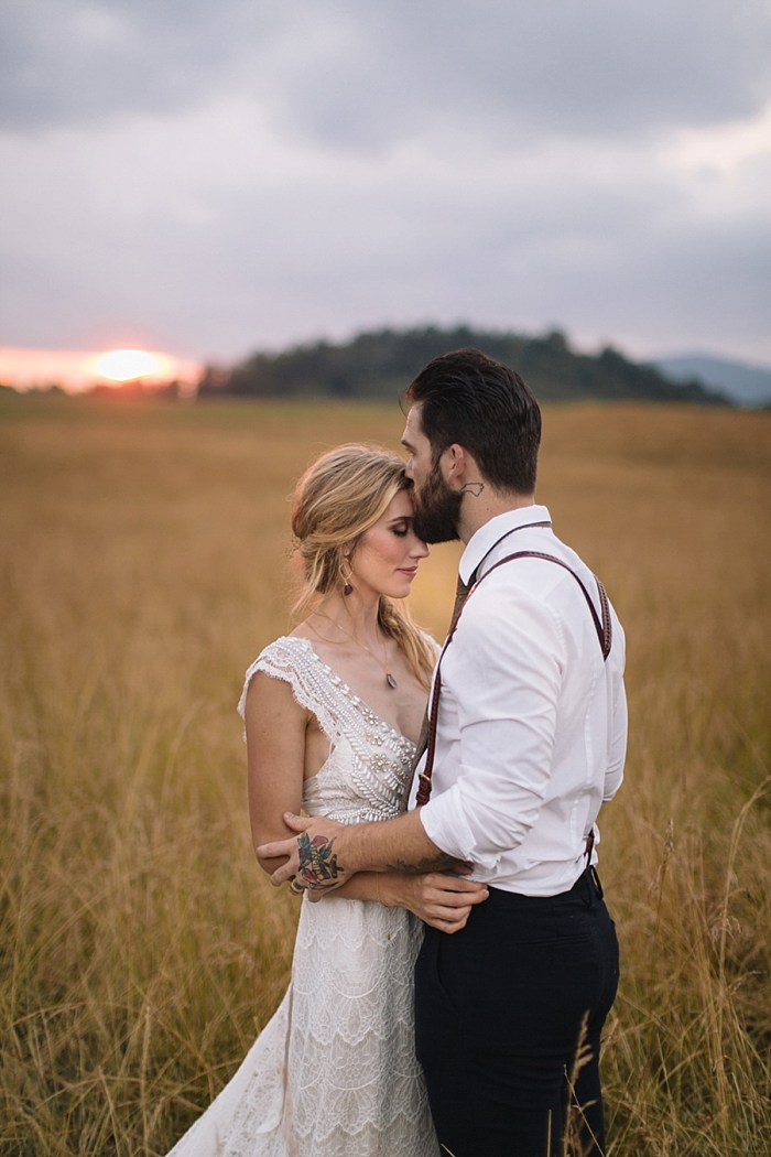 30 Autumn Harvest Wedding Inspiration | Carolyn Marie Photography | Via MountainsideBride.com