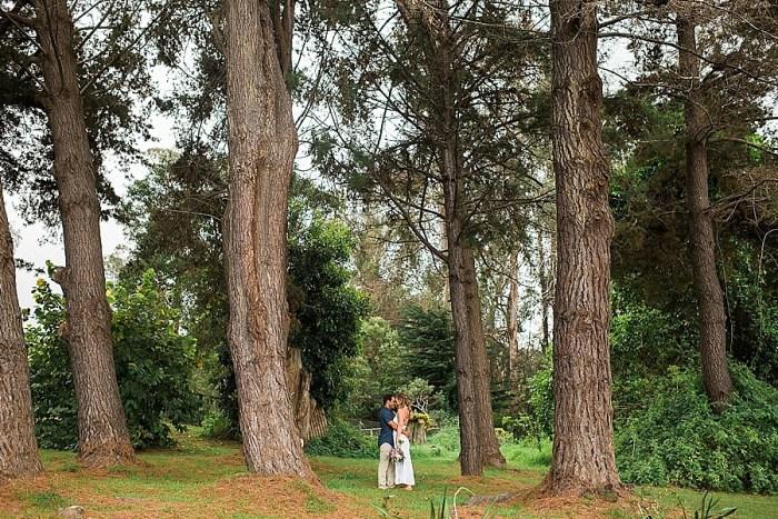 30 Rustic Maui Wedding Inspiration Naomi Levit Photography Via MountainsideBride.com
