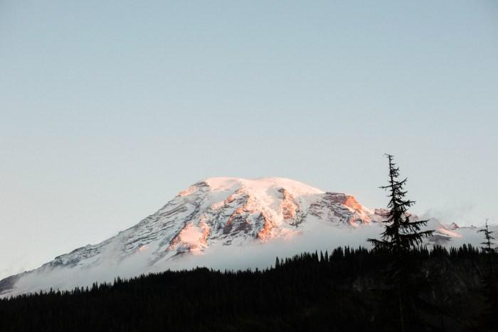 1 Mount Rainier Engagement Breanna Elizabeth Photography Via MountainsideBride.com