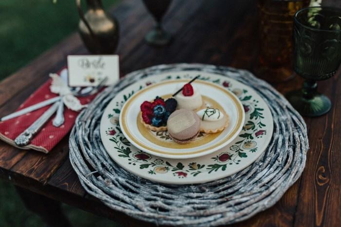 17 Woodstock Wedding Inspiration Gabrielle Von Heyking Photographie Via MountainsideBride.com