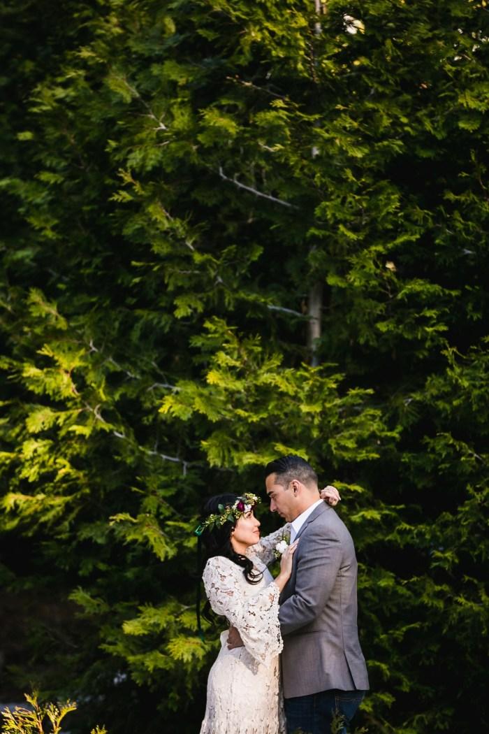 35 Big Bear Winter Wedding Inpiration Sarah Mack Photo Via MountainsideBride.com