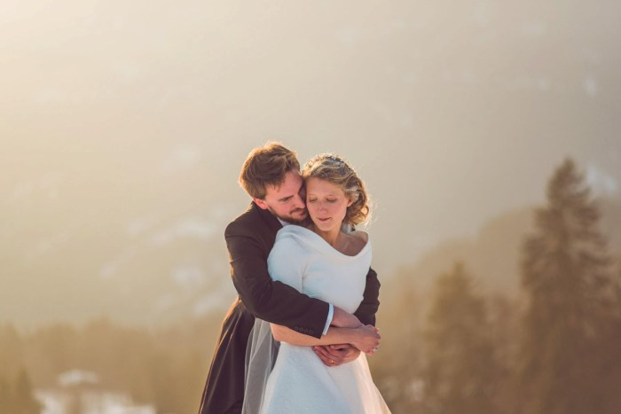 Charming wintertime mountain wedding in Switzerland