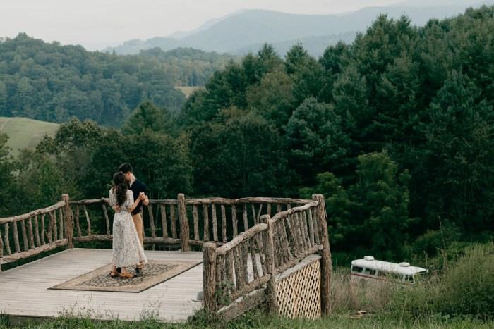 26 Asheville NC Appalachian Engagement DavidDrew Photography Via MountainsideBride.com