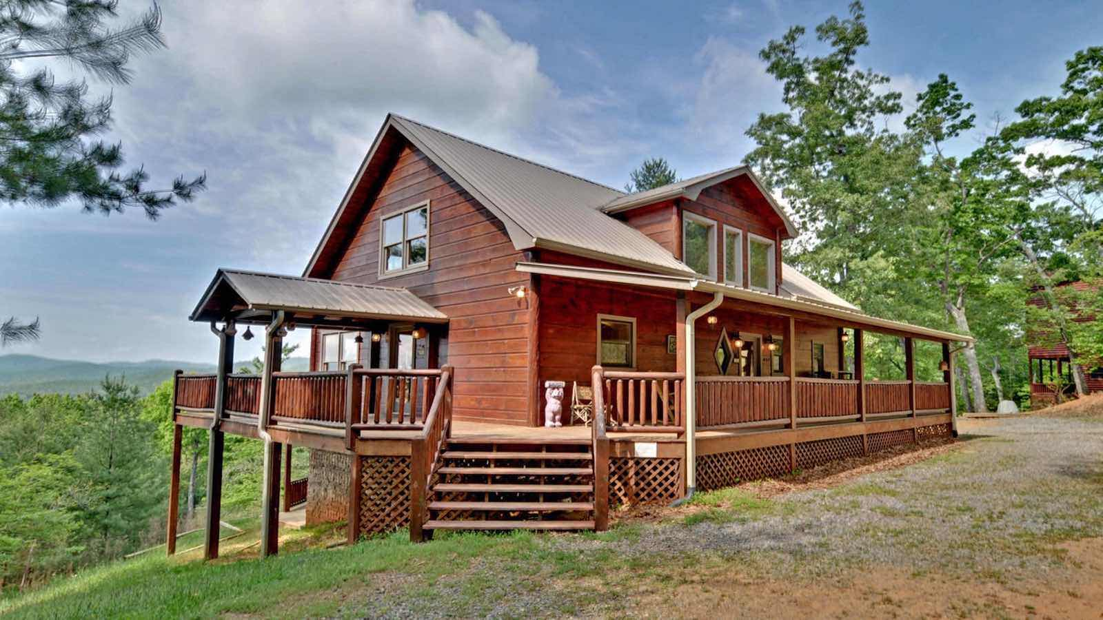 Pinecrest Rental Cabin  Blue Ridge GA