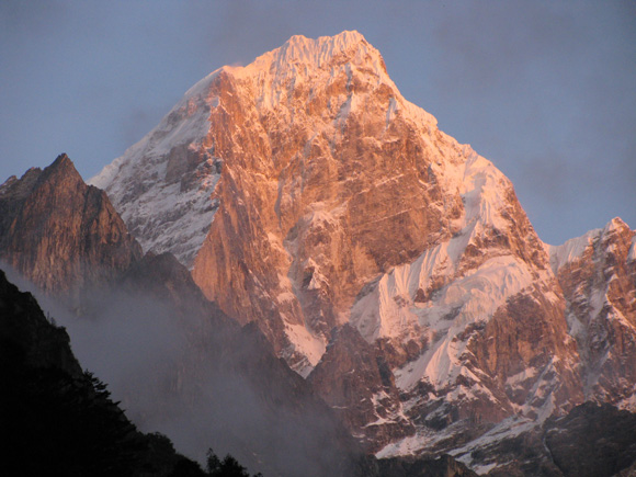 Mt Edgar Zuidoostkant (6618m)