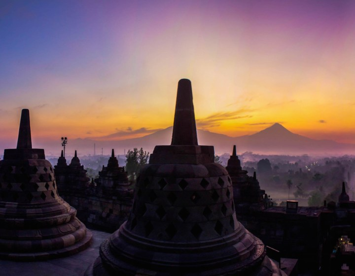 Borobudur Sunrise Tour Merapi Jeep