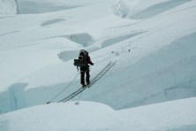 Using two ladders to cross a gap on Everest