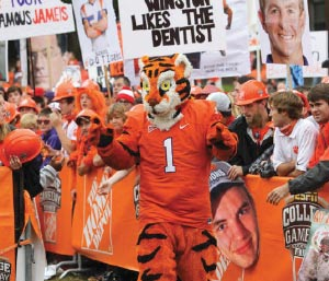 The Tiger and his fans