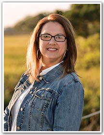 Mandy Willis, your Mount Pleasant neighbor and Marketing Specialist with Mount Pleasant Magazine