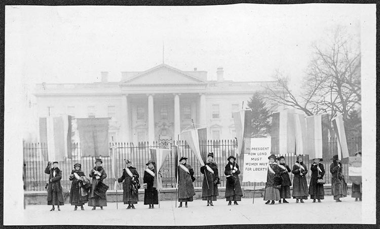 Women's suffrage demonstration in 1917 in front of the White House. Credit: Library of Congress: mss/mnwp.160022.