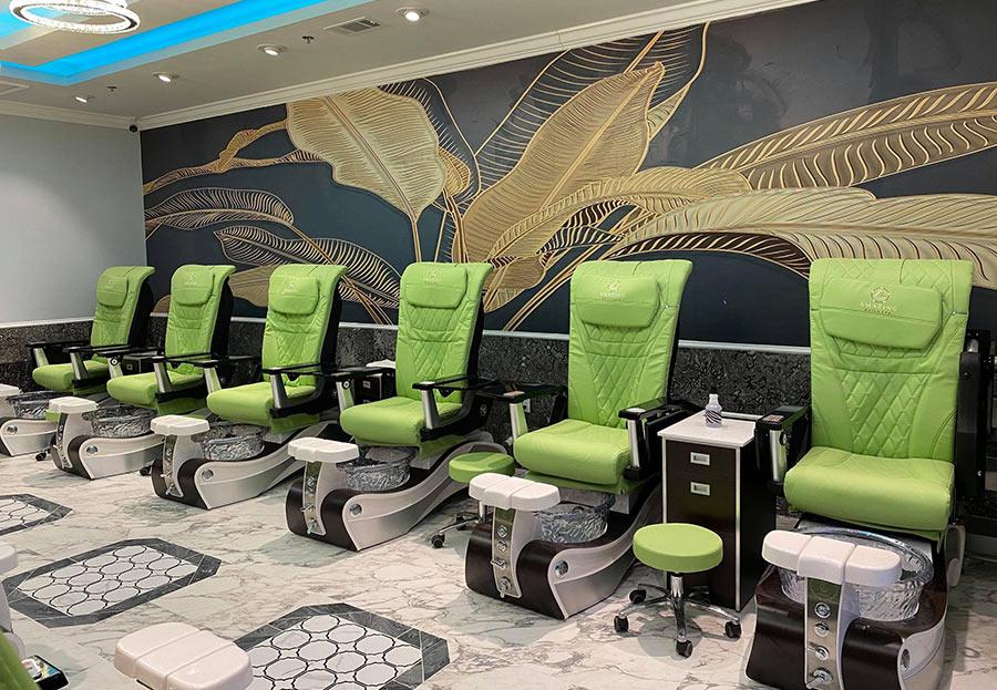 Amazing Nails Salon in Mount Pleasant, South Carolina