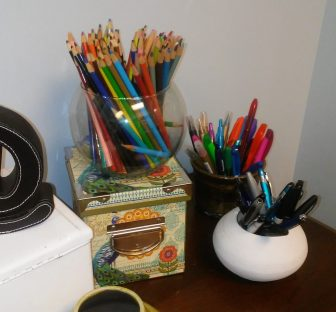 Assorted writing/drawing utensils