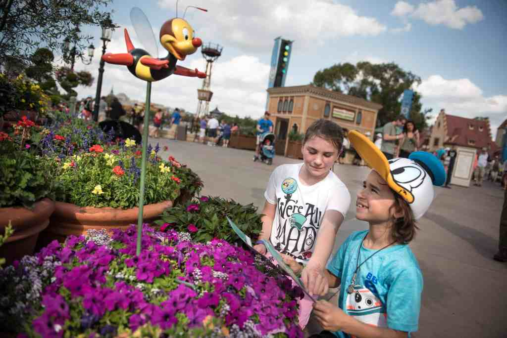 Kids will LOVE Epcot's Flower & Garden Festival! Here are some tips for making the most of the festival with your kids. #disneyworld #epcot #familytravel