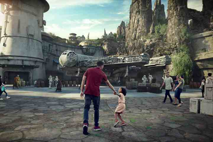 what are you packing for your trip to a galaxy far, far away? Star Wars; Galaxy's Edge #disney #starwars #galaxysedge