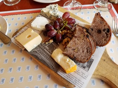 Plateau de fromages de France (Cheese Board)