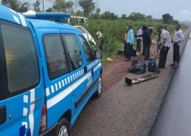 Driver flees as accident claims six lives along Ijebu-Ode road