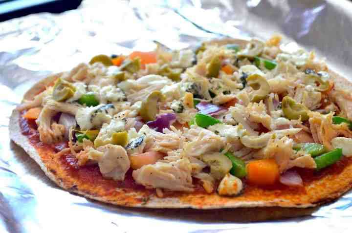 Healthy Thin-Crust Greek Pizza