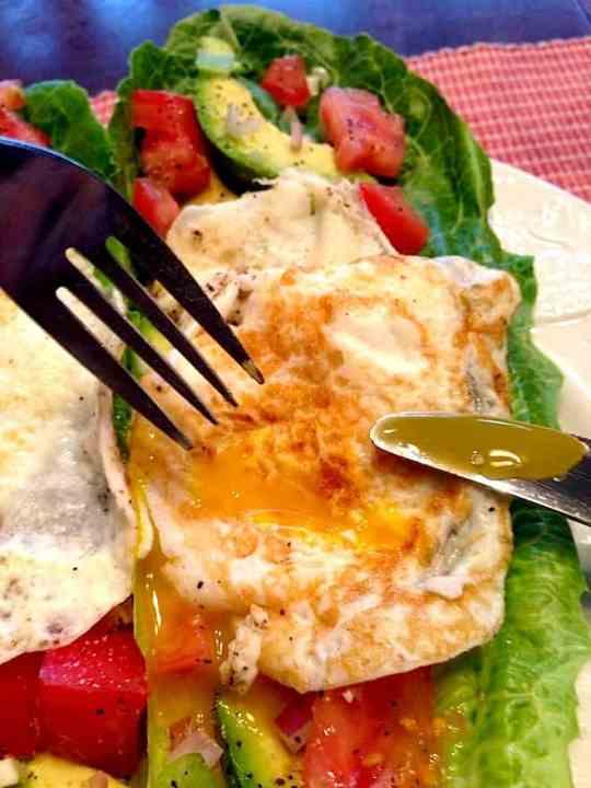 Paleo Sunny Avocado-Egg Lettuce Wraps