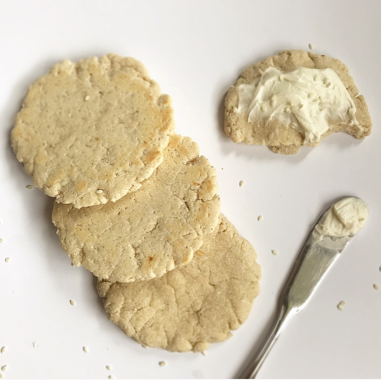 5 Min Keto Biscuit Thins