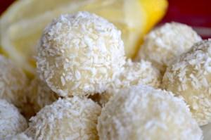 No-Bake Keto Lemon Coconut Balls